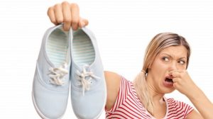 4 tips to eliminate foot odor